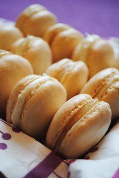 Lemon Curd & White Chocolate Macarons