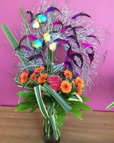 #imposed #handtied #bouquet with the #theme The #world of #pantomime #rainbow #roses #cerise #carnations #orange #mini #gerbera #germini #phormium #newzealand #flax #fatsiajaponica #nafas #nafas_flowers #designeroftheyear #elimination #competition http://butimag.com/ipost/1553993229690348604/?code=BWQ5JvnDiQ8
