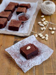 Миндальный+брауни Brownies, Deserts, Cake, Sweet, Food, Cake Brownies, Candy, Kuchen, Essen
