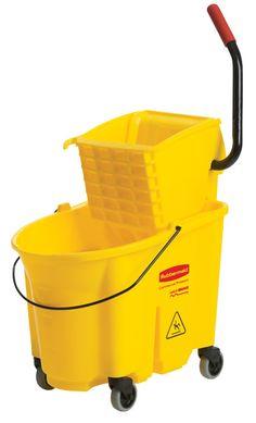 Rubbermaid 35 Quart Yellow Mop Bucket & Wringer Combo (7580-18)