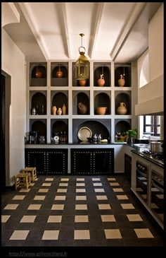 Renée Finberg ' TELLS ALL ' in her blog of her Adventures in Design: Let's Go To Morocco And See How One Fabulous Family Lives!!