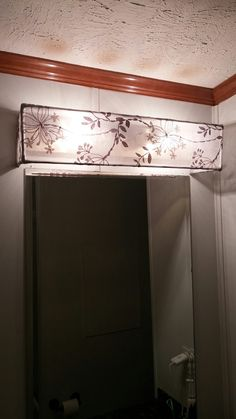 A Great Easy And Cheap Way To Cover Up Those S Hollywood Light - Bathroom vanity lights with shades