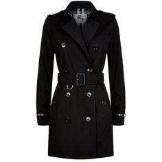 Burberry Kensington Leather Trim Gabardine Trench Coat (€1.620) ❤ liked on Polyvore featuring outerwear, coats, jackets, burberry, casacos, military style coat, lightweight coat, gabardine trench coat and slim fit trench coat