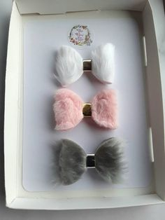 Faux fur hair bows penguin fluff baby headbands set of 3 Baby Girl Bows, Baby Girl Hair, Girls Bows, Making Hair Bows, Diy Hair Bows, Diy Bow, Headband Hairstyles, Diy Hairstyles, Felt Bows