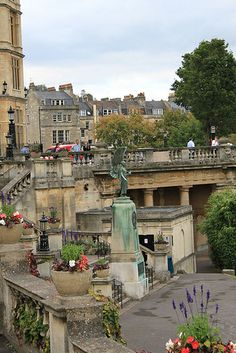Was here several years ago - gorgeous Bath, England