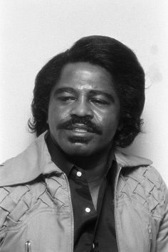 475179396-american-soul-singer-and-musician-james-gettyimages.jpg (396×594)
