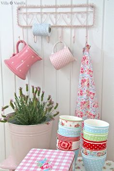 Shabby Chic hooks - aprons,jugs,pots,cloths,dog-leads,coats,bags etc can all be hung up!  #heirloomheaven