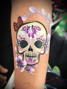 Skull girly arm design