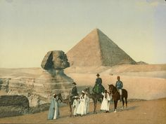 Travellers at Great Sphinx