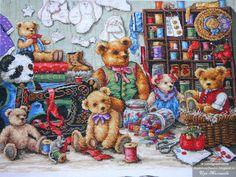 Schema punto croce Buttons N Bears 1 Dmc Cross Stitch Kits, Cross Stitch Patterns, Cross Stitching, Cross Stitch Embroidery, Embroidery Fabric, Teddy Pictures, Dimensions Cross Stitch, Cute Teddy Bears, Bear Art