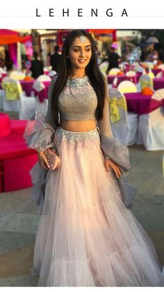 indian wedding dress with veil Indian Wedding Gowns, Indian Gowns Dresses, Indian Bridal Outfits, Indian Fashion Dresses, Indian Designer Outfits, Wedding Dresses, Dresses Uk, Party Wear Lehenga, Party Wear Dresses