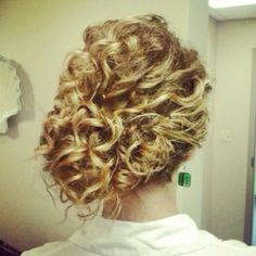 Natural curl updo