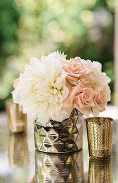 White and blush flowers for cocktail table centerpiece