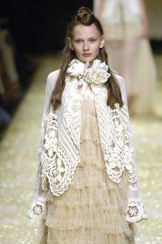 http://www.stylebistro.com/runway/Milan Fashion Week Spring 2007/Antonio Marras/TQVWKUlSAHX