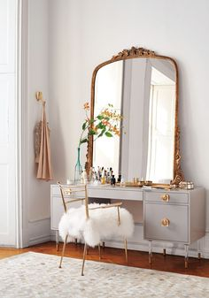 Mirrors – Home Decor : 9 Affordable Ways to Add More Personality to Your Rental | Coco's Tea Party | Bloglovin' -Read More –