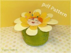 Pincushion Pattern, Felt Pattern, Daisy Pincushion Pattern, Marguerite Pincushion Pattern, DIY pattern, Craft pattern - Instant Download