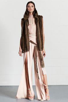 Dennis Basso Resort 2018 Fashion Show Collection