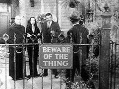 Jackie Coogan, Carolyn Jones and John Astin in The Addams Family. The Addams Family 1964, Addams Family Tv Show, Halloween Themes, Halloween Decorations, Halloween 2020, Halloween Humor, Halloween Carnival, Halloween Parties, Halloween Town
