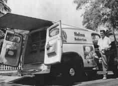 Helms Bakeries truck (ca. 1957)