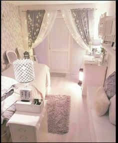 lash room decor Amazing Pink Bedrooms For Girls Discover the season's newest designs and inspirations for your kids. Pink Bedroom For Girls, Pink Bedrooms, Teen Bedroom, Master Bedroom, Childrens Bedroom, White Bedroom, My New Room, My Room, Esthetician Room