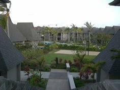 Fiji, Sidewalk, Mansions, House Styles, Home Decor, Decoration Home, Manor Houses, Room Decor, Side Walkway