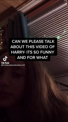 Harry Styles Face, Harry Styles Photos, Harry Edward Styles, One Direction Videos, One Direction Harry, One Direction Humor, Golden Pizza, Roman Kemp, Beauty Care Routine