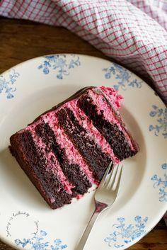 Raspberry Frosting, Chocolate Raspberry Cake, Chocolate Drip, Chocolate Recipes, Chocolate Cake, Cake Recept, Drip Cakes, Unsweetened Cocoa, No Bake Desserts
