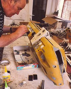 2001: A Space Odyssey — building the Moon Bus model