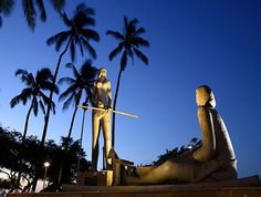Monumento de Iracema na Beira mar/Fortaleza-Ceara