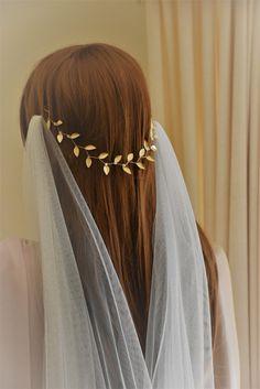 hair clips hair vine for wedding hair for wedding hair hair styles for the bride hair boho hair styles for medium length hair styles medium Gold Leaf Crown, Gold Leaf Headband, Gold Headpiece, Gold Headbands, Crown Headband, Bridal Crown, Bridal Hair, Wedding Hairstyles With Veil, Wedding Veils