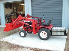 """Gallery - Category: Customers Pics: The """"Micro Hoe"""" for small tractors Small Chicken, Chicken Runs, Tractor Bedroom, Wheel Horse Tractor, Homemade Tractor, Small Tractors, Tractor Loader, Zero Turn Mowers, Tag Design"""