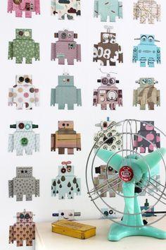 Découvrez dans la très belle collection du Studio DITTE le papier peint Robot !