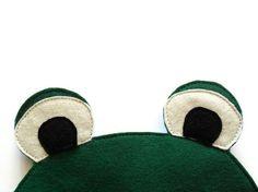 Frog Felt Children Mask Kids Mask Halloween Costume by BHBKidstyle, €12.00
