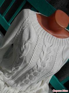 Здравствуйте, мои дорогие читательницы! Рада снова к Вам присоединится!!! Свитер Пломбир связан из пряжи от Газзал Беби Коттон. Pull Torsadé, Crochet Baby Clothes, Hand Knitted Sweaters, Jacket Pattern, Crochet Fashion, Mode Outfits, Baby Knitting, Knitwear, Sweaters For Women