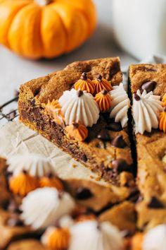Caramel Chocolate Chip Cookies, Chocolate Fudge Brownies, Pumpkin Chocolate Chips, Chocolate Chip Oatmeal, Boxed Brownies, Chocolate Cupcakes, Pumpkin Cookies, Gluten Free Chocolate, Coffee Cake