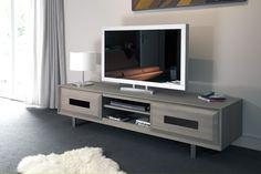 Séjour Topaze - Meuble TV 2 portes coulissantes. Largeur : 190 cm - Hauteur : 46 cm - Profondeur : 50 cm.