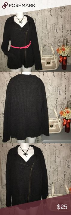 Dark gray plus size Lane Bryant sweater Dark Gray Lane Bryant Cable knit sweater size 18/20. In great shape, no rips or tears. Very soft has a zipper in the front and two pockets. Lane Bryant Sweaters Cardigans