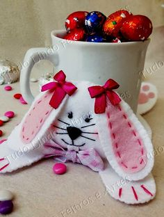 Diy And Crafts, Paper Crafts, Upcycle, Projects To Try, Patches, Bunny, Tableware, Creative Crafts, Easter Stuff