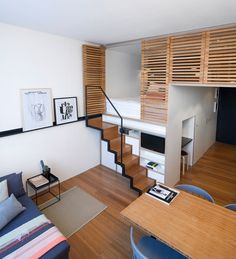 Small apartment design with great lofted decor ideas - Apartment Decor Ideas House Design, Apartment Inspiration, House Interior, Small Studio Apartments, Small Apartment Design, Small Spaces, Home, Loft Spaces, Tiny House Interior