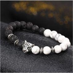 Bracelet pierre de lave noir et blanc Bouddhiste avec Léopard plaqué argent