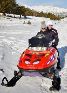 Estée Placard.: SNOWMOBILE - MOTO DE NIEVE.