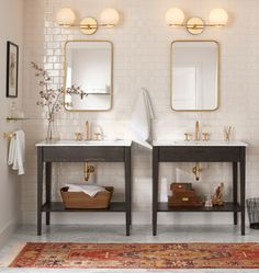 How to Maximize Your Small Bathroom Vanity Diy Bathroom Decor, Bathroom Interior, Small Bathroom, Master Bathroom, Bathroom Ideas, Rental Bathroom, Bathroom Beach, Dark Bathrooms, Basement Bathroom