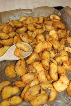 Polish Recipes, Polish Food, Chicken Wings, Feta, Nom Nom, Grilling, Roast, Food And Drink, Potatoes
