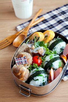いか団子とほうれん草おにぎりのお弁当~小学生用のお弁当~|あ~るママオフィシャルブログ「毎日がお… |Ameba (アメーバ)