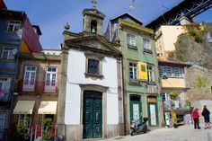 Walk the colorful winding streets of Porto's Ribeira and enjoy everything the neighborhood has to offer. History Of Portugal, Upper Deck, Heritage Site, Great View, Public Transport, Fishing Boats, The Neighbourhood, Mansions, Douro