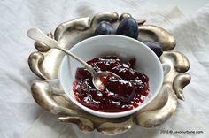 Gem de prune reteta clasica, asa cum se prepara la noi in casa. Este aproape o dulceata de prune pentru ca raportul zahar/prune este de la 0,3 pana la 1/1 Thing 1, Bacon Recipes, Preserves, Pickles, Good Food, Pudding, Cream, Desserts, Mai