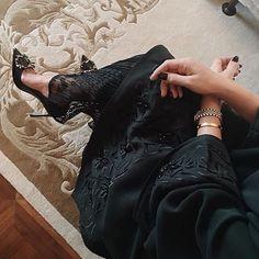 IG: Wow4Abayas || IG: BeautiifulinBlack || Abaya Fashion ||