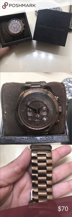 PRE- OWNED MK WATCH COMES WITH BOX AND CARE BOOKLET.. GREAT CONDITION MICHAEL KORS  Accessories Watches