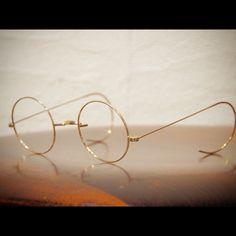 Circle Glasses Frames, Kobe Japan, Round Eyeglasses, Round Frame, Oliver Peoples, Eye Glasses, Eyewear, Bling, Sunglasses