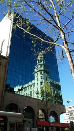 Reflecting Montevideo